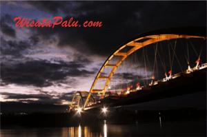 wisata palu jembatan ponulele