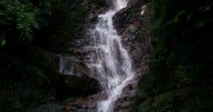 air-terjun-njinea-parigi-moutong-sulawesi-tengah