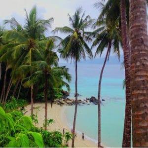 Pantai Labuana