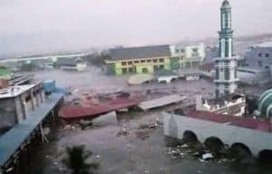 Gambar peristiwa gempa palu
